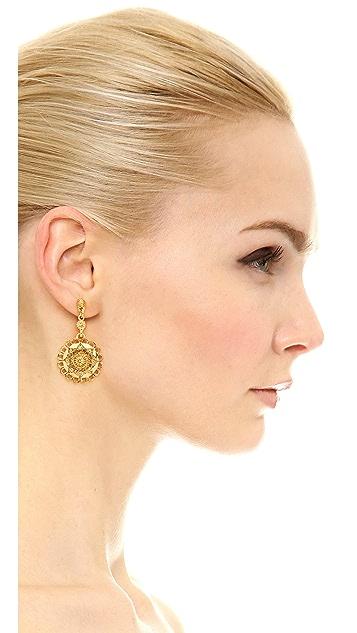 Oscar de la Renta Scalloped Earrings