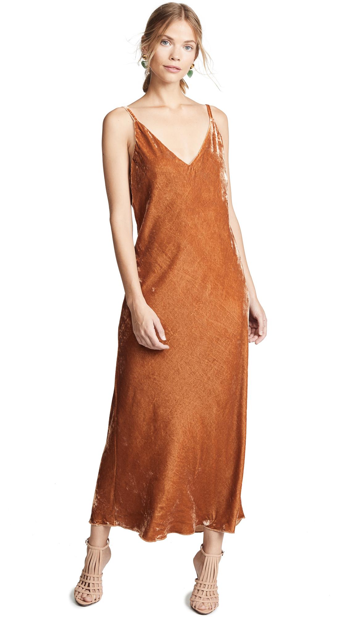 Debby Dress in Daino