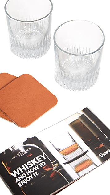 Boarding Pass Whiskey and How to Enjoy It Gift Set