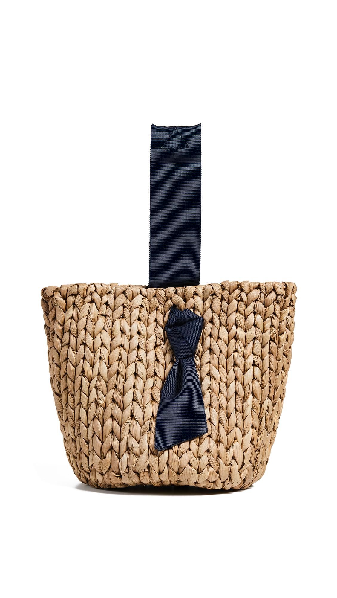 PAMELA MUNSON Isla Bahia Petite Basket Bag in Navy/Natural