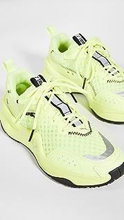 PUMA Rise NEON 运动鞋