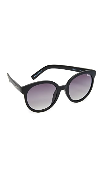 Quay High Tea Sunglasses - Black/Smoke