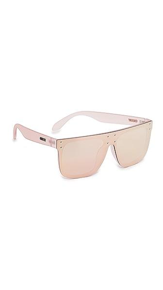 Quay #QUAYXKYLIE Hidden Hills Sunglasses - Pink/Pink
