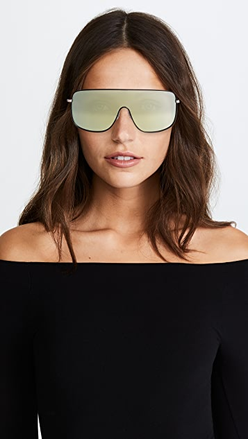 Quay x KYLIE Unbothered Sunglasses