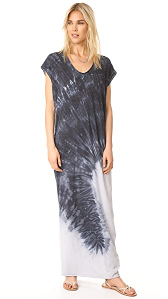 Raquel Allegra Short Sleeve Maxi Dress In Charcoal Tie Dye