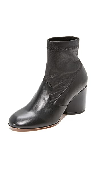 Robert Clergerie Koss Block Heel Booties In Black