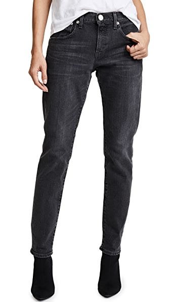 Easy Tapered Jeans