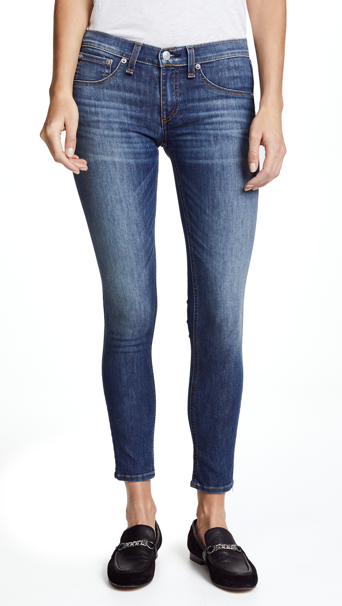 Rag & Bone/JEAN The Capri Jeans In Rae