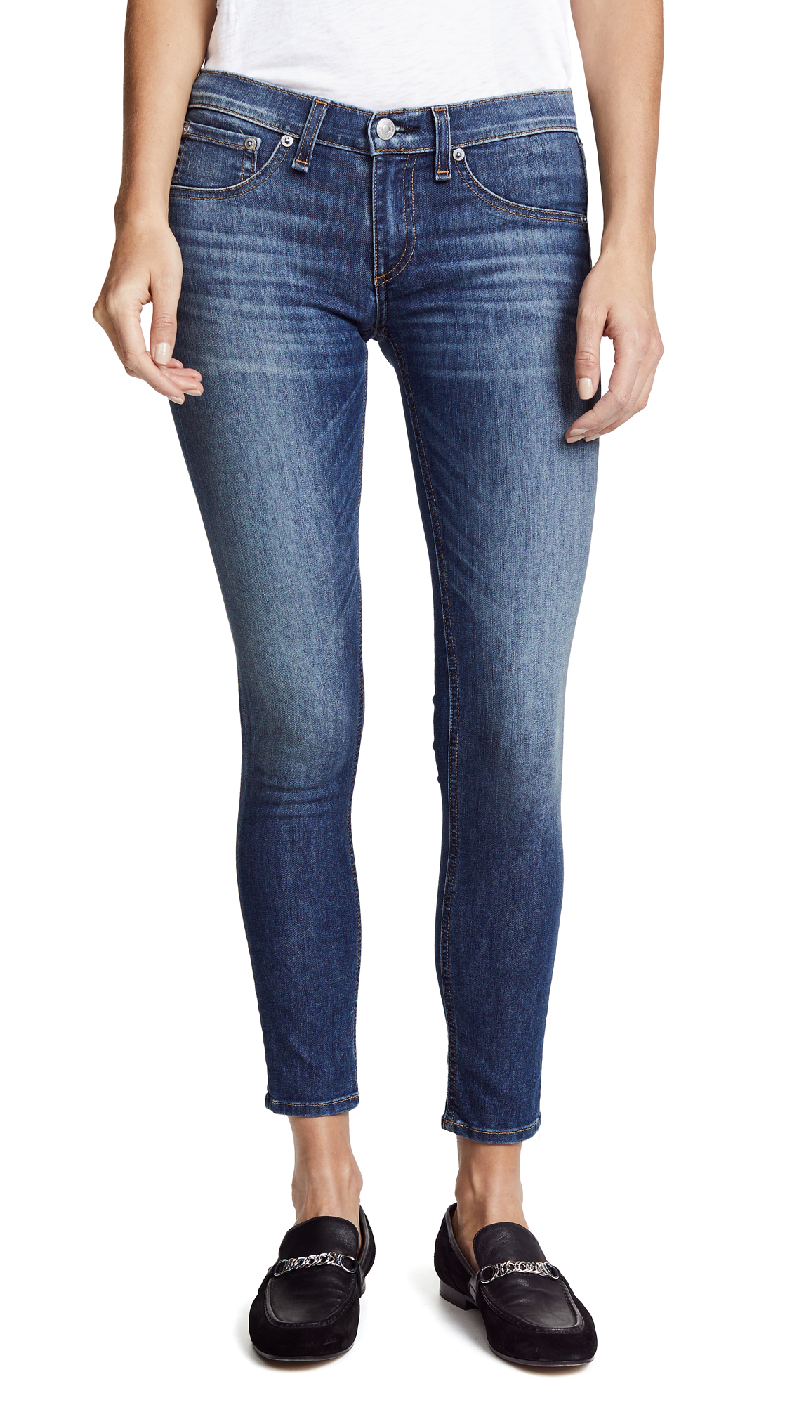 Buy Rag & Bone/JEAN online - photo of Rag & Bone/JEAN The Capri Jeans