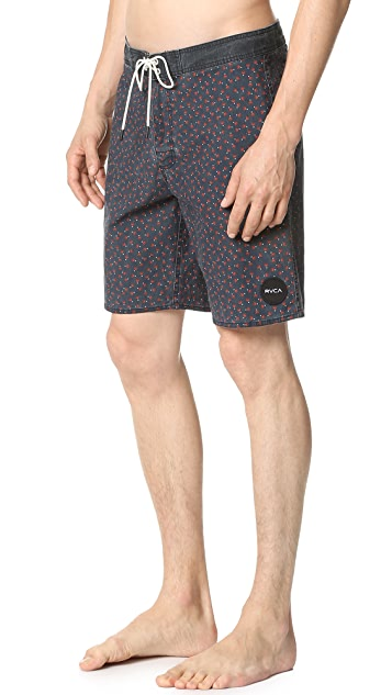 RVCA Particle Trunks