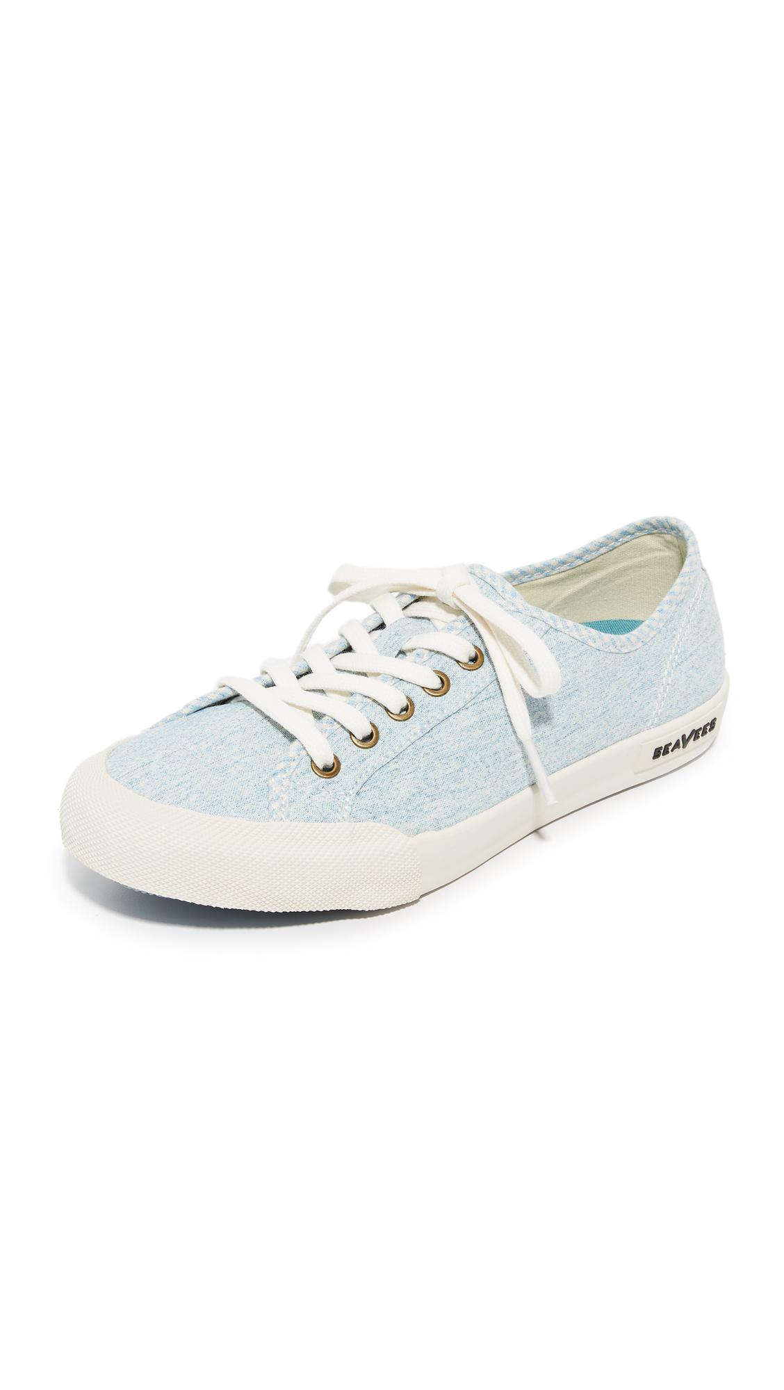 seavees female seavees monterey beach club sneakers soft blue