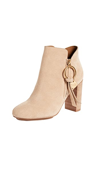 LOUISE BOOTIE