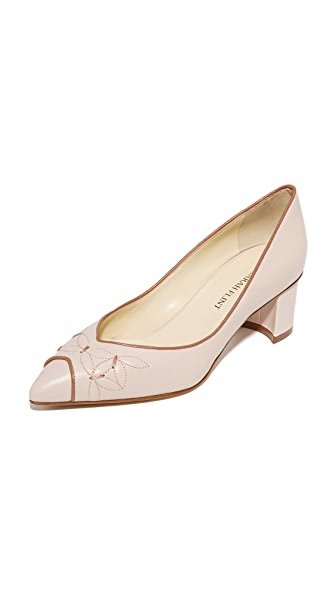 Sarah Flint Daisy Pumps In Tan