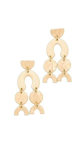 Shashi Aliyah Earrings In Gold