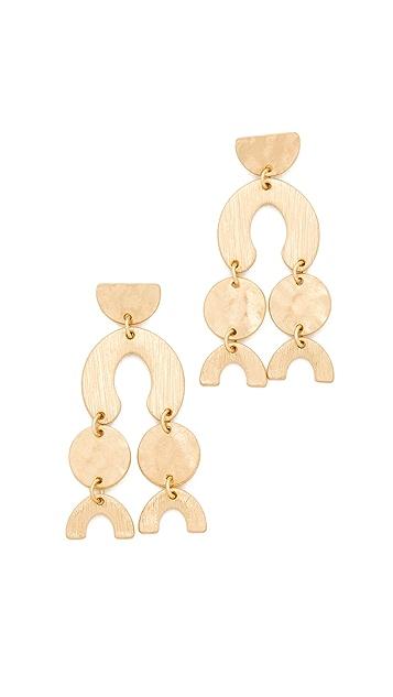 Shashi Aliyah Earrings