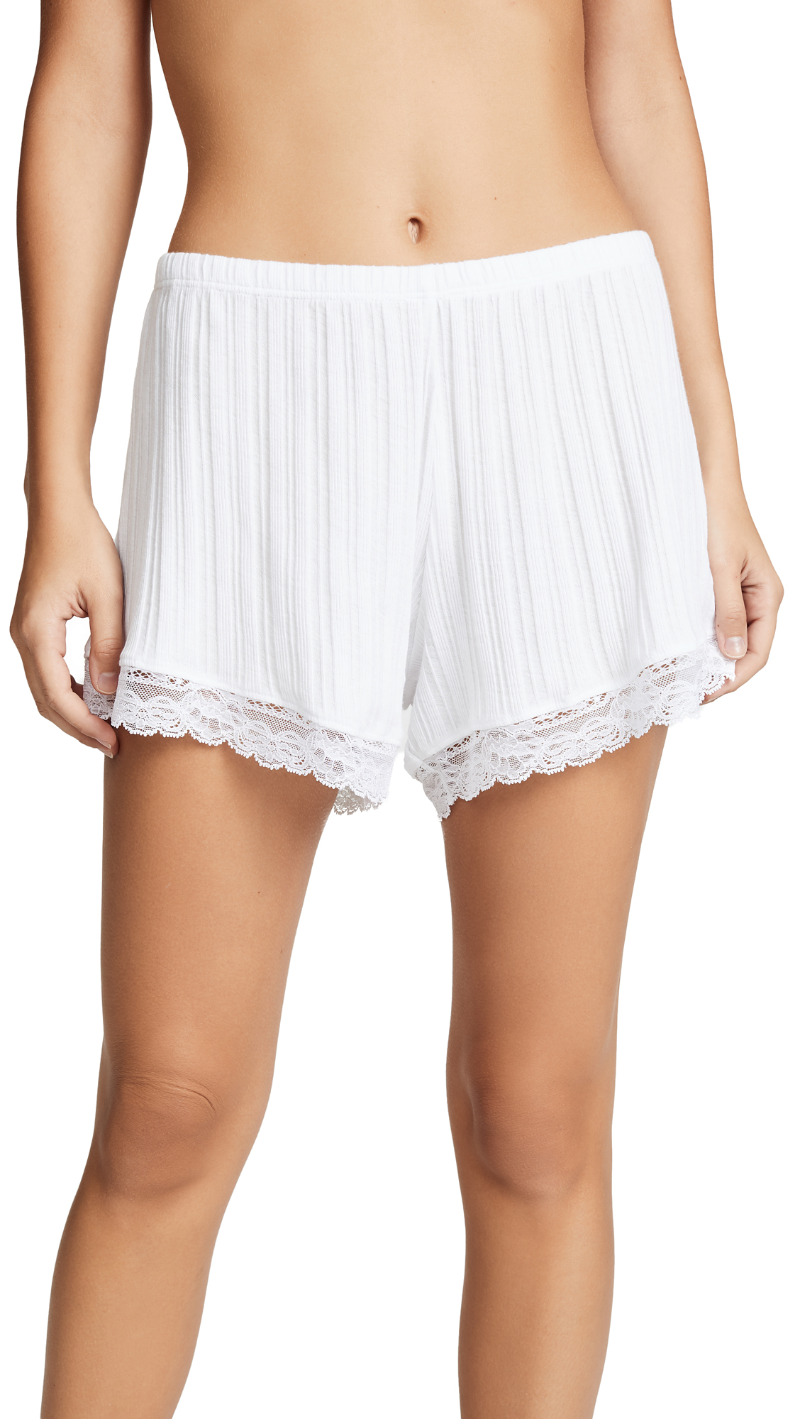 Skin Berit Shorts In White