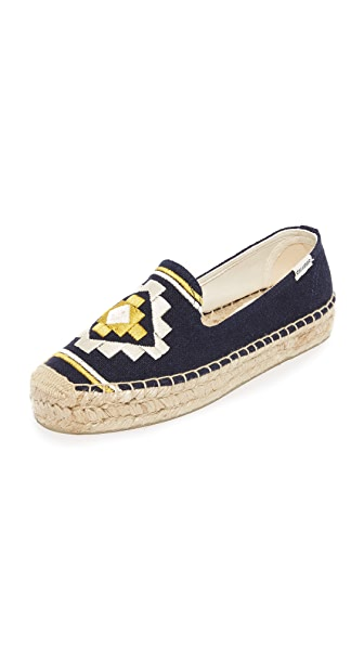 Soludos Embroidered Platform Smoking Slippers - Navy