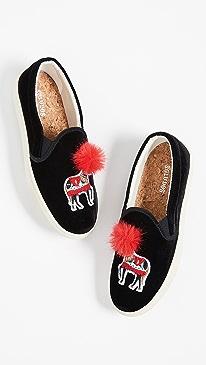 608c11fc81fca velvet shoe