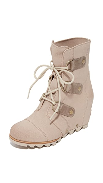 Sorel Joan of Arctic Wedge Booties - Tan/Oxford
