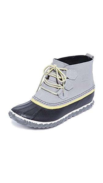 Sorel Out N About Short Booties - Dove/Zest