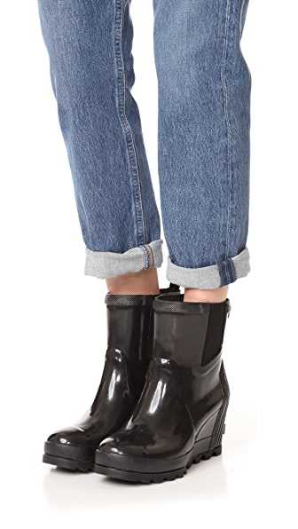 ac10dc6efca Sorel Joan Rain Wedge Chelsea Gloss Rain Booties