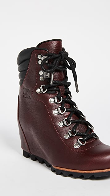 Sorel Conquest Wedge Luxe Booties