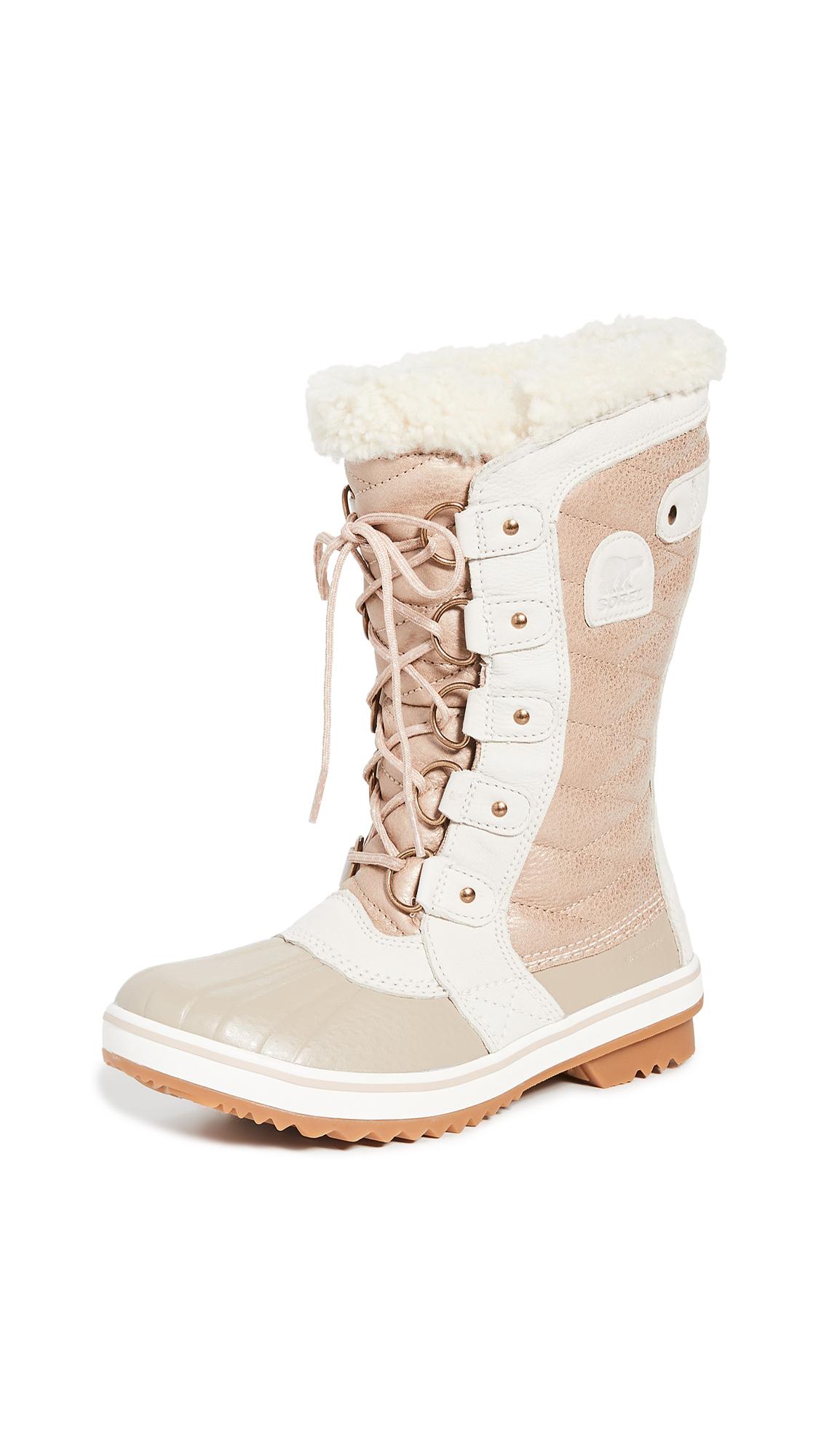 Buy Sorel online - photo of Sorel Tofino II Luxe Boots
