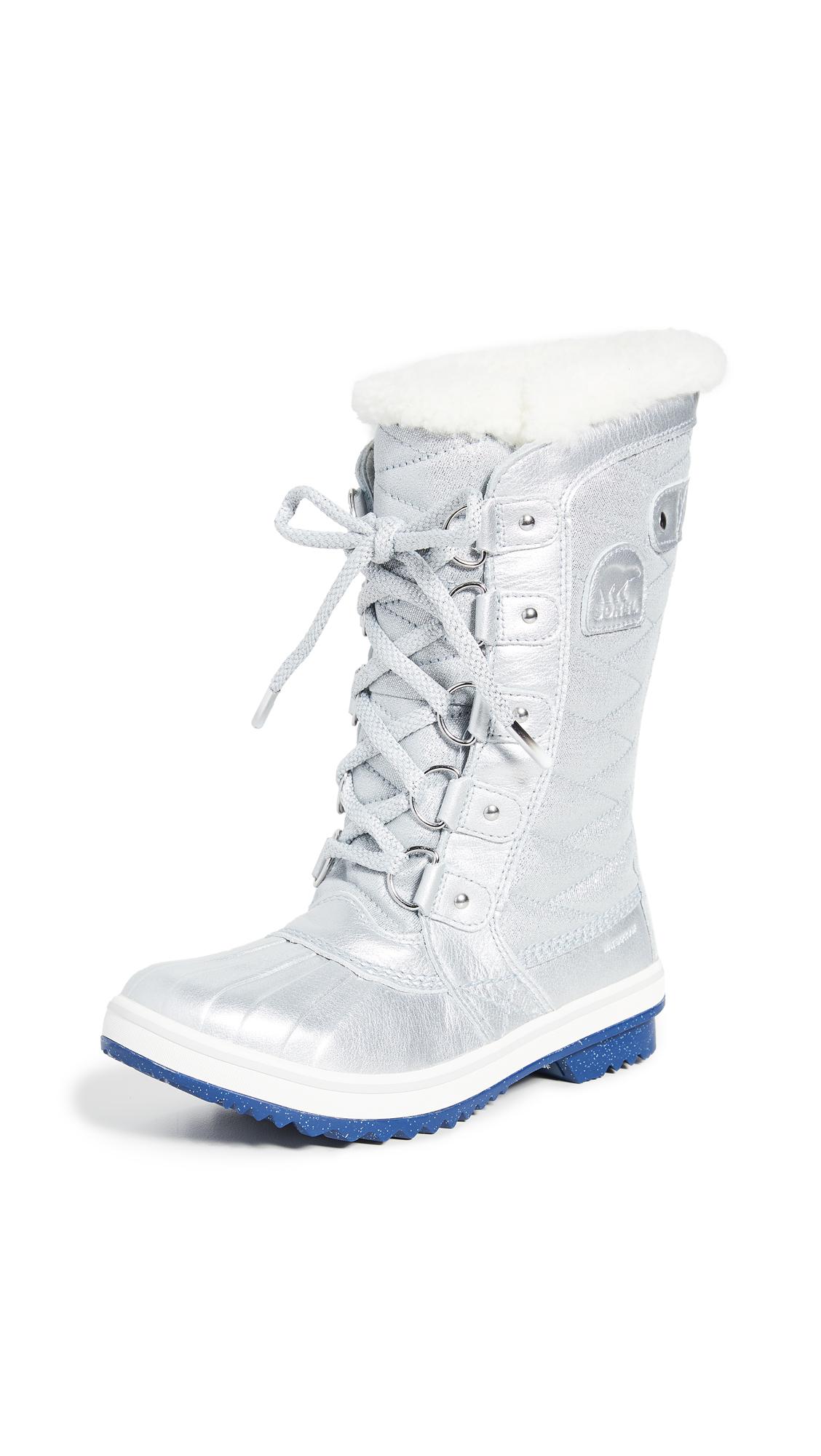 Buy Sorel online - photo of Sorel x Disney Tofino Boots