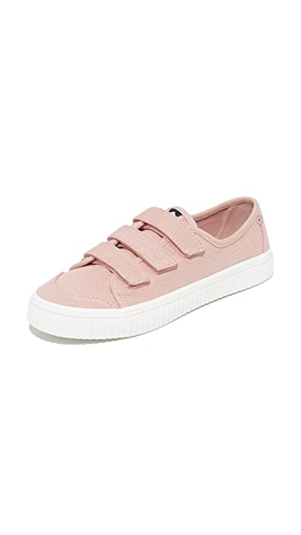 Sperry Crest Velcro Creeper Sneakers In Rose