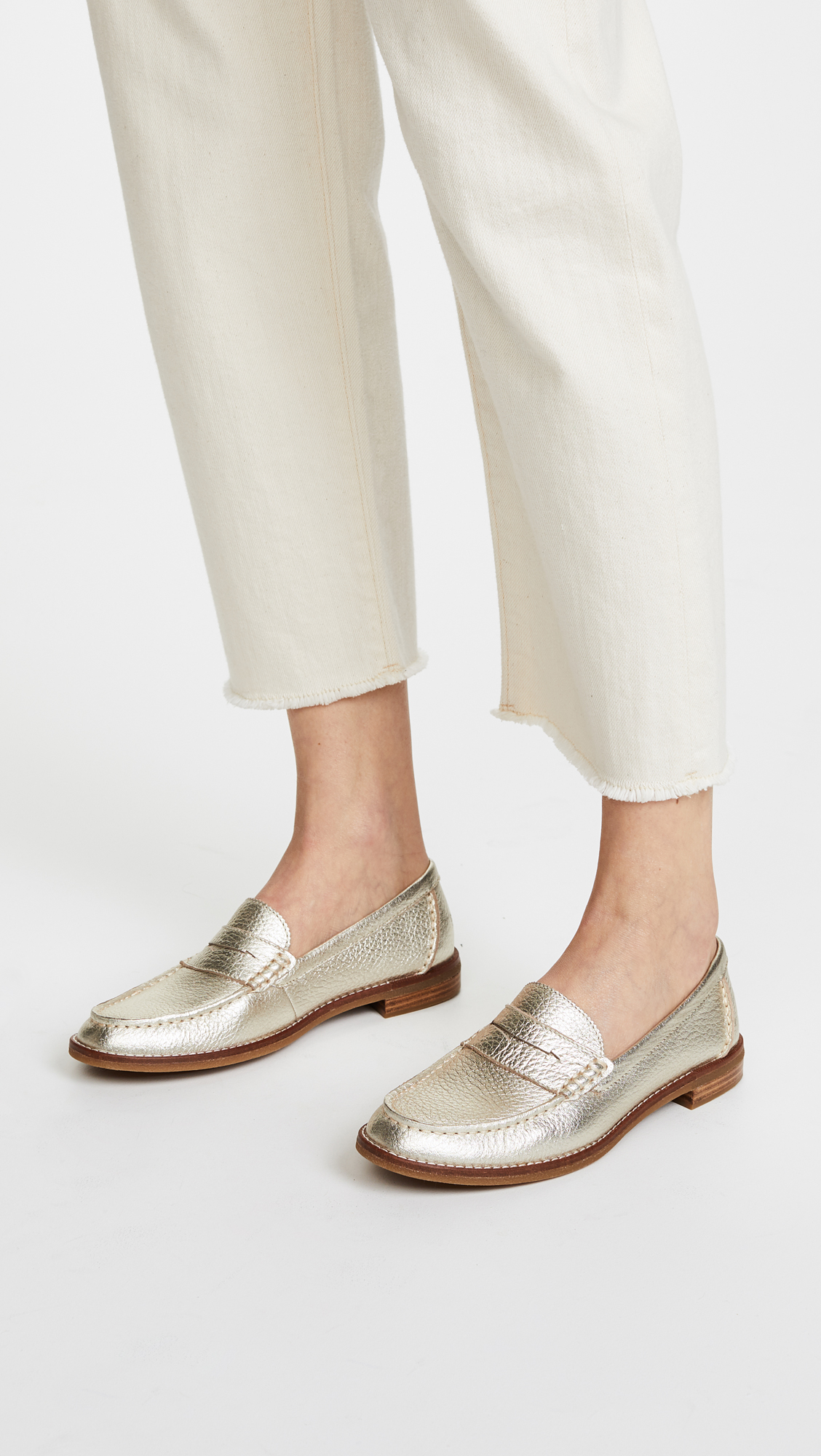 0590ccde4f8 Sperry Seaport Penny Loafers