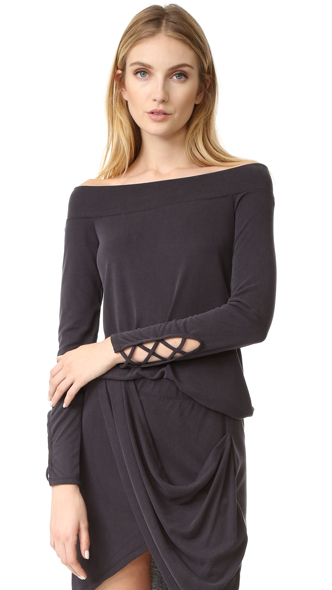 Splendid Off Shoulder Top - Black