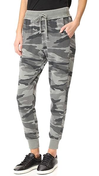 Splendid Camo Active Jogging Pants In Military Olive