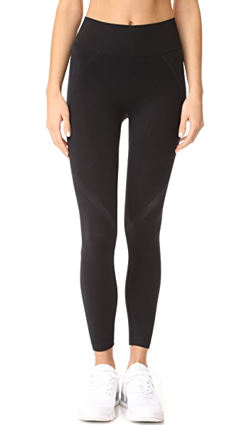 Splits59 Qualifier Seamless Capri Leggings - Black