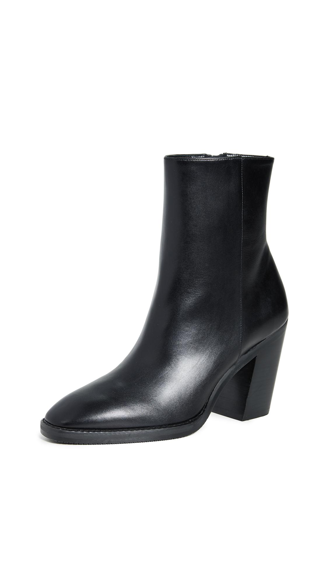 Stuart Weitzman Wynter Boots In Black