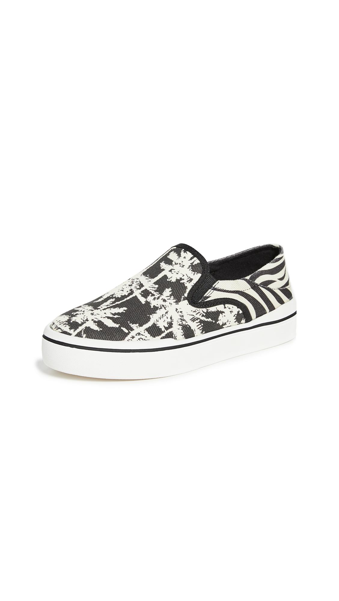 Buy Steven online - photo of Steven Riga Slip On Sneakers