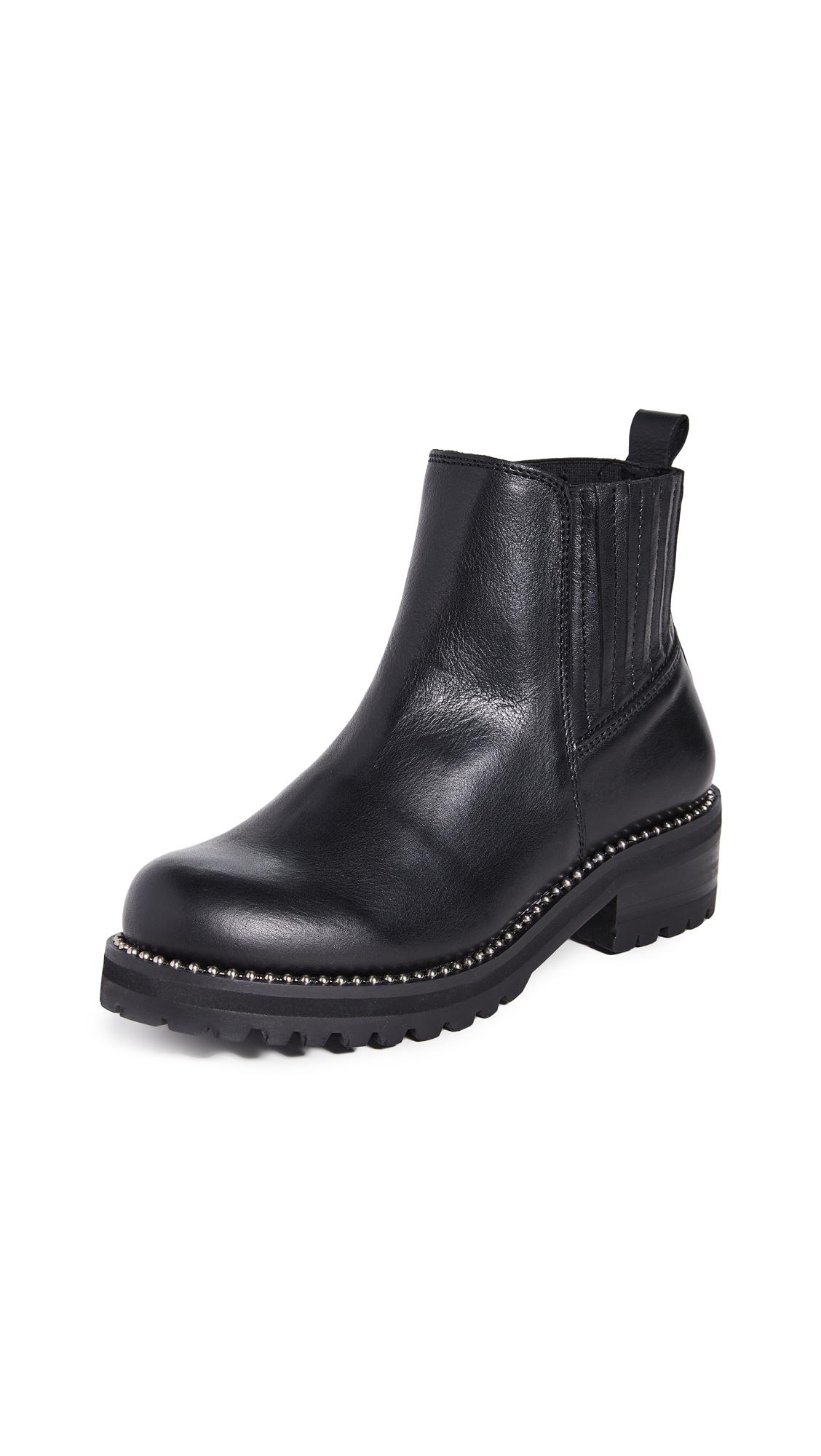 Buy Steven online - photo of Steven Gibson Lug Sole Boots