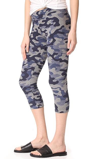 SUNDRY Yoga Capri Pants