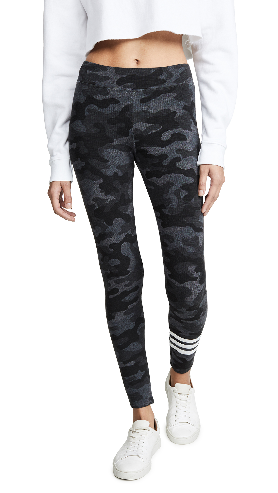 SUNDRY Camo Leggings