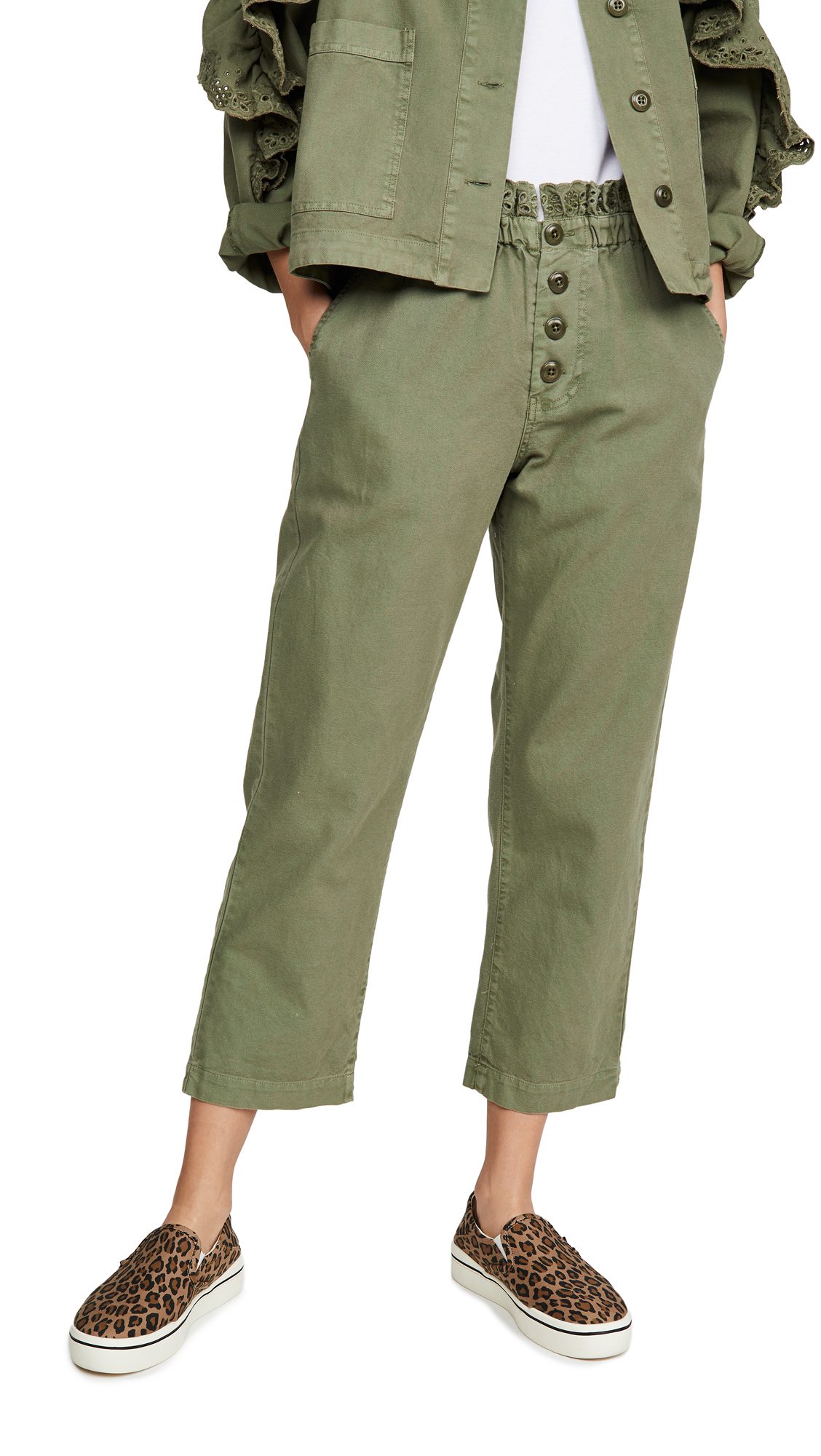 Buy THE GREAT. online - photo of THE GREAT. The Eyelet Gunny Sack Trousers
