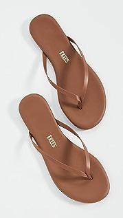 TKEES Foundations 哑光夹趾凉鞋