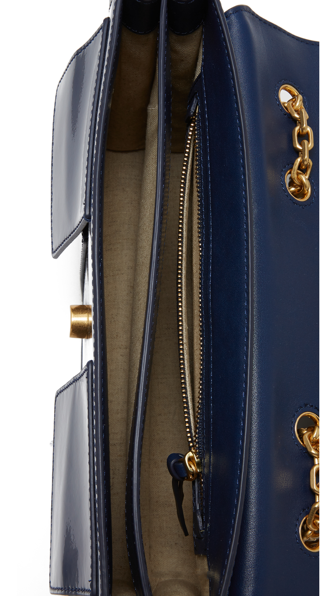 e09e0c7ae18 Tory Burch Gemini Link Medium Chain Shoulder Bag
