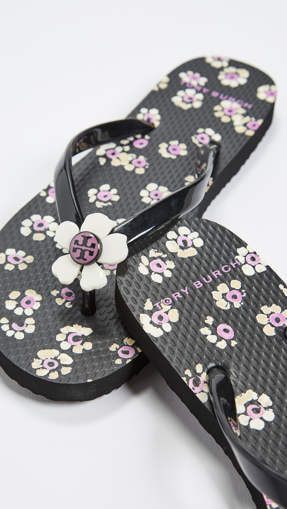 3c6e38609fb10 Tory Burch Flower Flip Flops