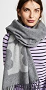 Tory Burch 纯色徽标椭圆形围巾