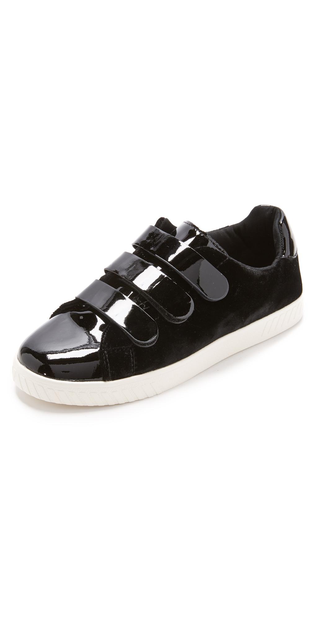 Carry IV Velcro Sneakers Tretorn