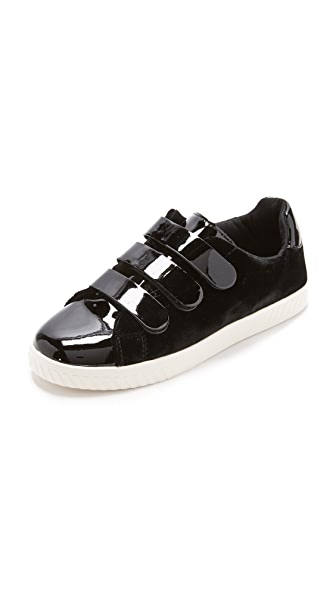 Tretorn Carry IV Velcro Sneakers In Nero/Black