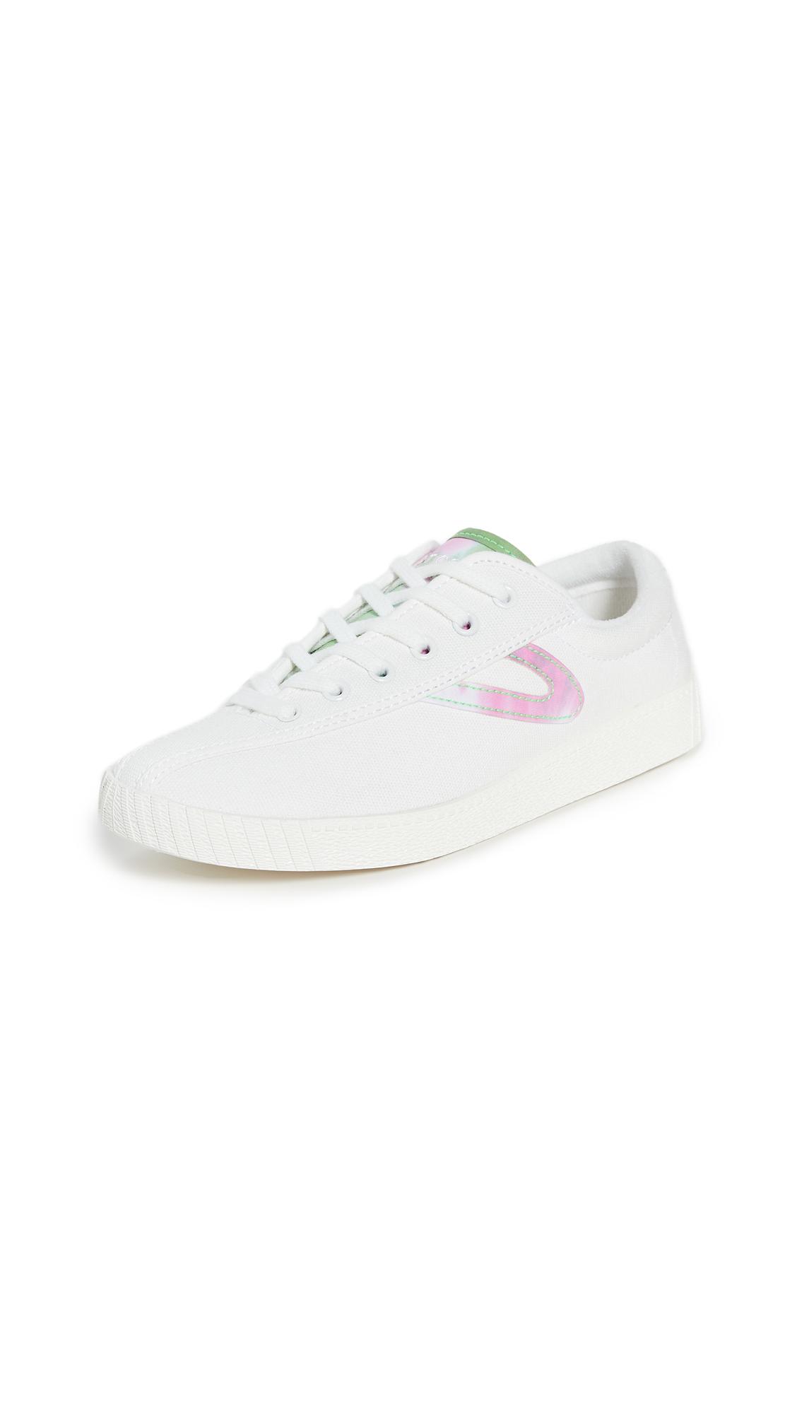 Buy Tretorn online - photo of Tretorn Nylite 40 Plus Sneakers