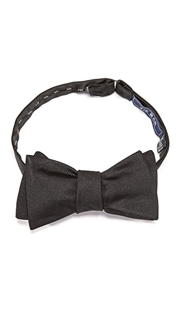 The Tie Bar Solid Bow Tie Set