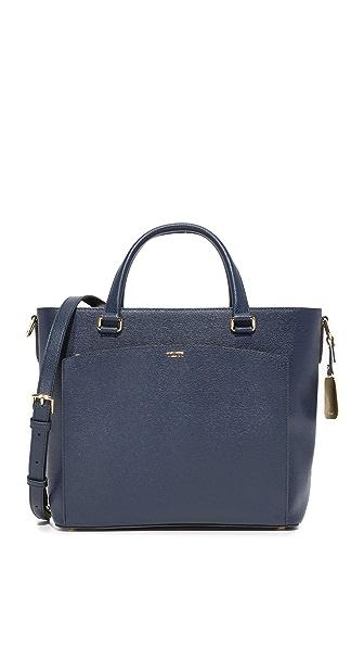Фото Tumi Маленькая объемная сумка Camila с короткими ручками. Купить с доставкой