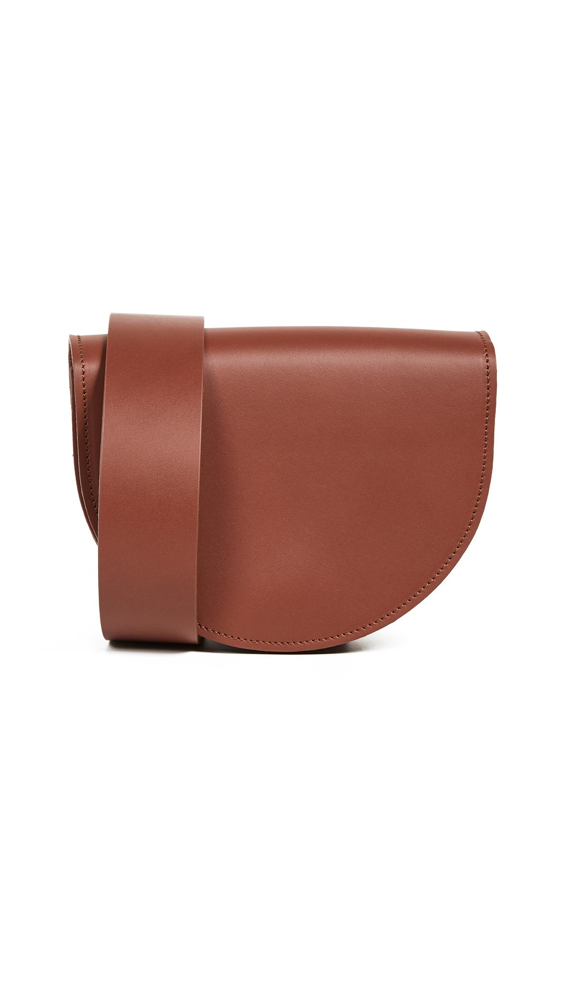 VEREVERTO Luna Belt Bag in Brown