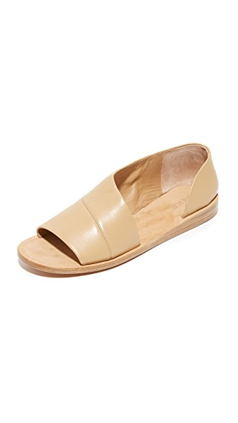 Vince Tabitha Flat Sandals - Sand